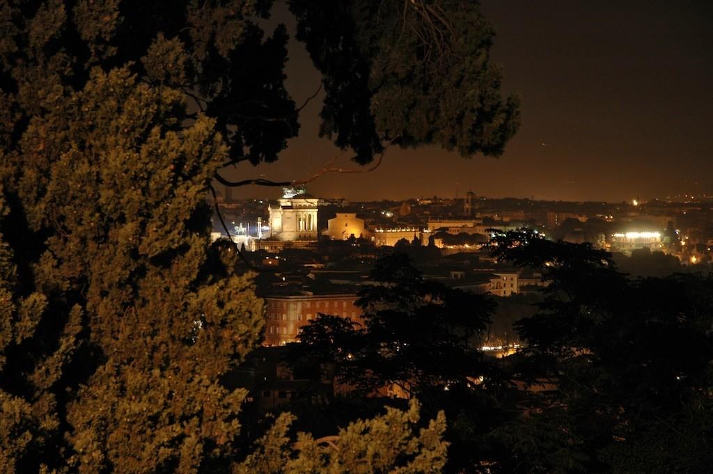Рим вечером